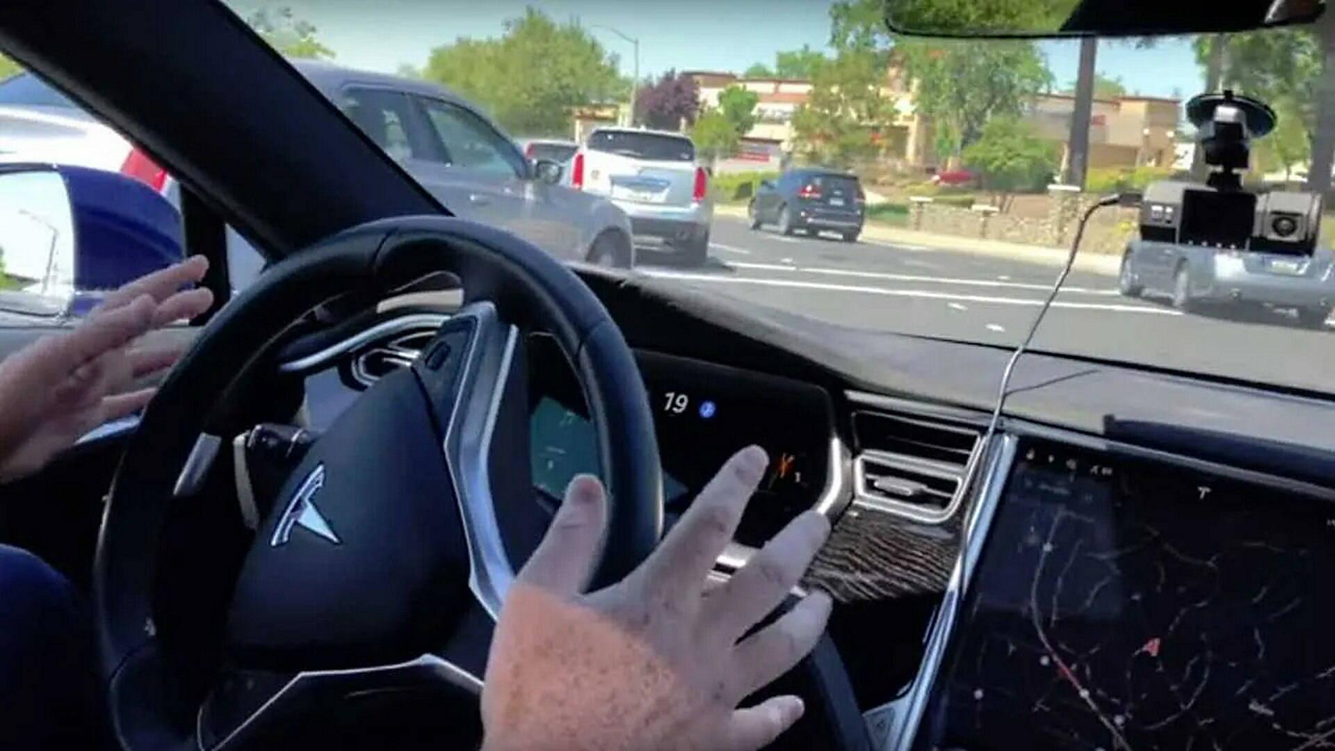 Tesla Cybertruck Autopilot