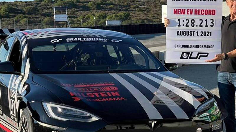 Tesla Model S Plaid sets a new record at Laguna Seca