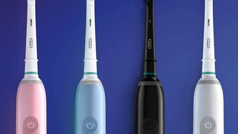 2 Oral-B toothbrushes at half price! Don't miss this offer